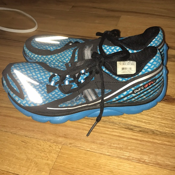 6b7d234cfd3 Brooks Shoes - Brooks women s Pure Drift 7.5